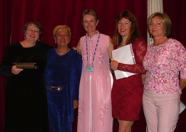 Finalists in the Emma Darcy Award (2004), left to right: Anna Campbell, Emma Darcy, Sharon Archer, Alyssa J. Montgomery, Helene Young (Photo credit: Sharon Archer)